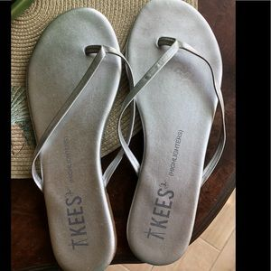 TKEES highlighters in silver